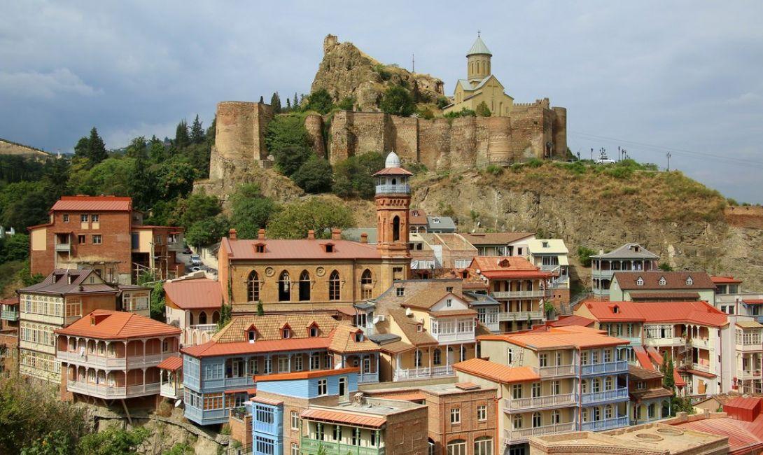 Пешеходный и автомобильный тур в Тбилиси