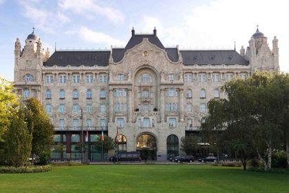 Four Seasons Gresham Palace  5*